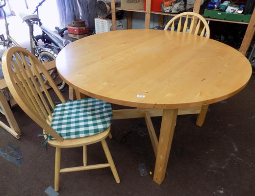 Circular pine table and 2 chairs