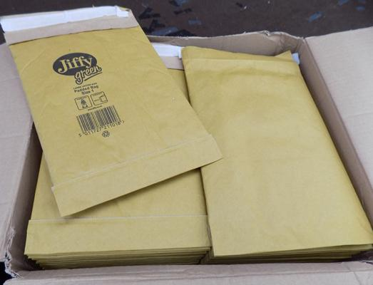 Approx. 100 size 1 Jiffy padded bags/envelopes