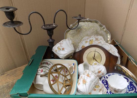 Box of antiques & collectables
