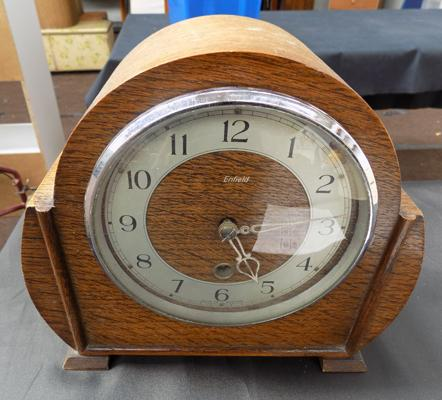 Smiths Enfield clock with key and pendulum
