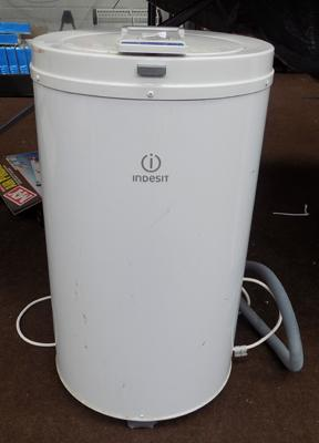 Table top spin dryer