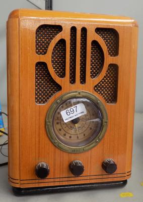 Modern reproduction of 1934 radio