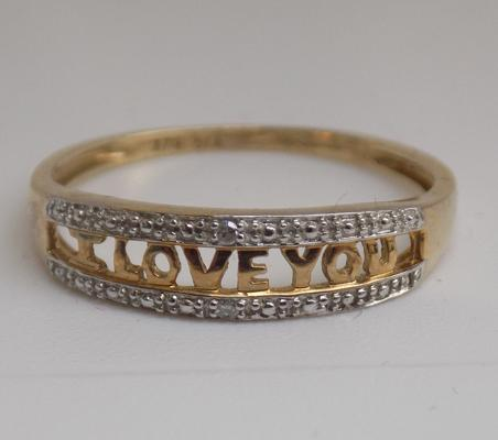 9ct gold diamond ' I love you' ring - size O
