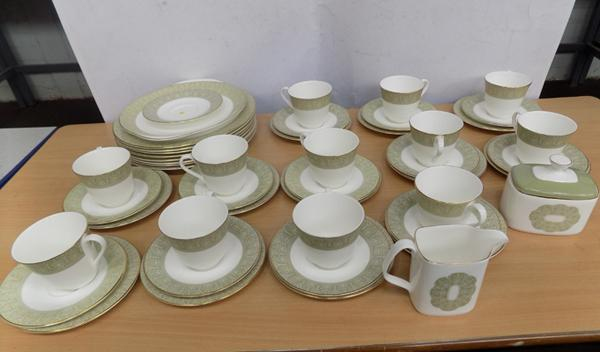 Large collection of Royal Doulton 'Sonnet' pattern ceramics