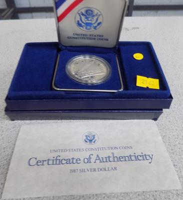 USA constitution silver $ in case and cert.