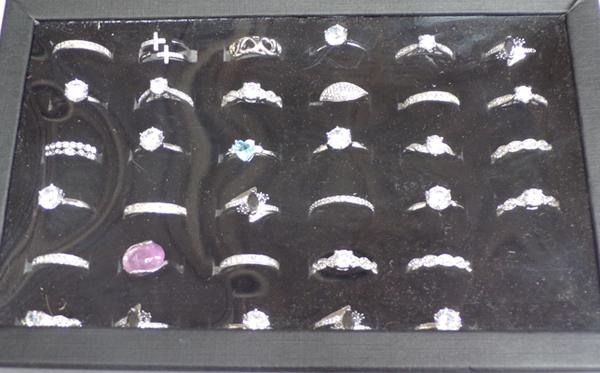 Selection of costume jewellery rings - various sizes