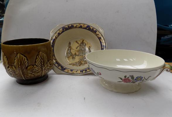 3 pieces of pottery; Sylvac & Spode