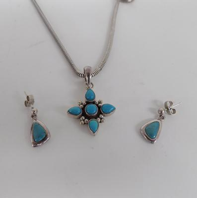 Indian silver and turquoise pendant and earring set