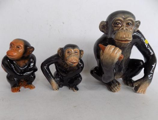 Set of Sylvac chimpanzees nos. 96, 97 and 98 - all good condition