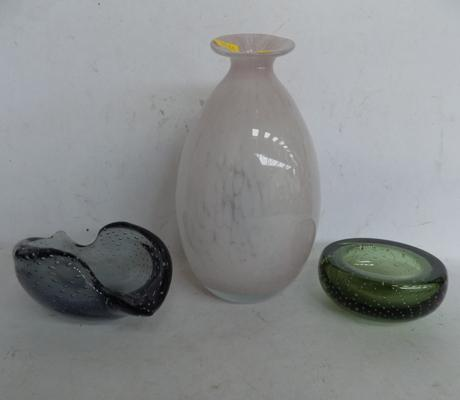 3 coloured glass items