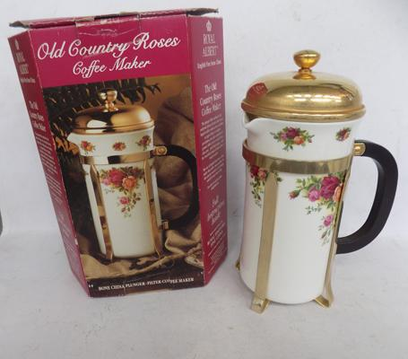 Royal Albert 'Old Country Rose' cafetiere - no damage