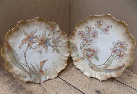"Pair of Royal Doulton Burslam plates RN72067 - no damage found - approx. 8"" diameter"