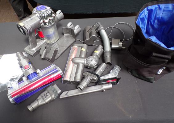 Dyson SV03 cordless vac, incl. all attachments, wall mount & charger