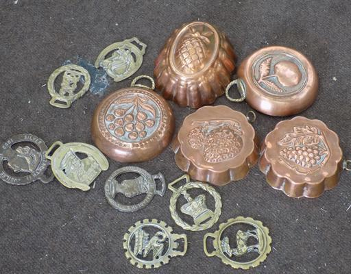 5 moulds + selection of brass