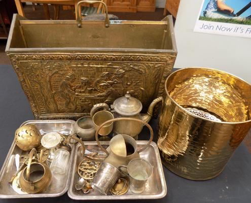 Selection of brass & EPNS items