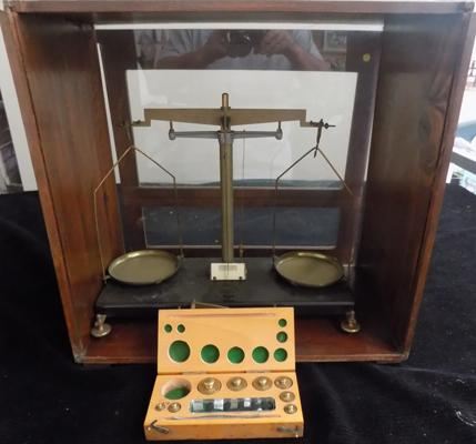 ETA instruments ltd. Watford cased scales with boxed weights