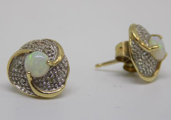 9ct gold opal earrings