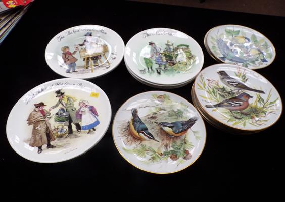 Eight World Wildlife Fund Limited Edition plates of birds & eight Wedgwood Limited Edition plates - Street Sellers of London