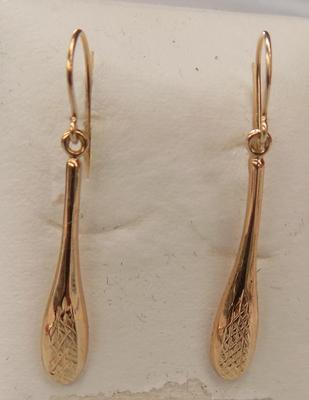 9ct gold drop earrings