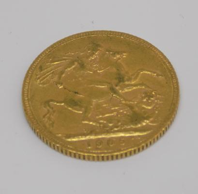 1905 gold Sovereign