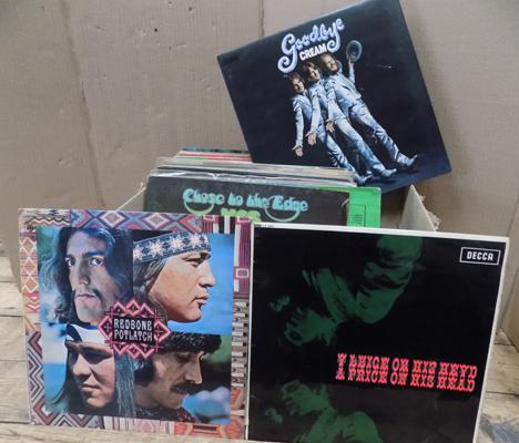 Box of mixed LPs incl. Rock, Folk, Beat, Prog, Soul - some rare  titles