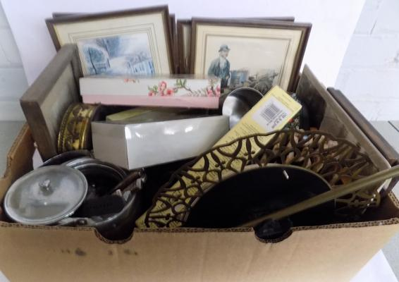 Box of antique & vintage collectables