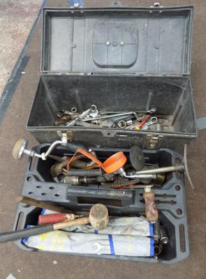 Box of + tray of tools
