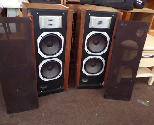 2 large ESS speakers