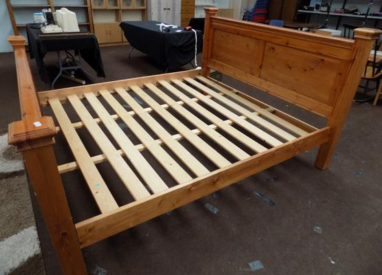 Pine king size bed base - requires 2 bolts