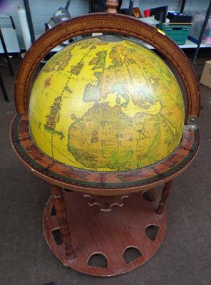 Globe shaped drinks cabinet