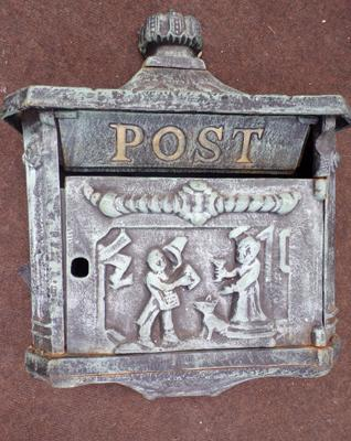Heavy cast post box