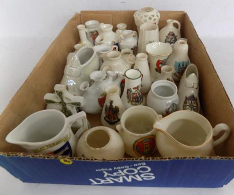 28 x crested ware, various towns/ shapes