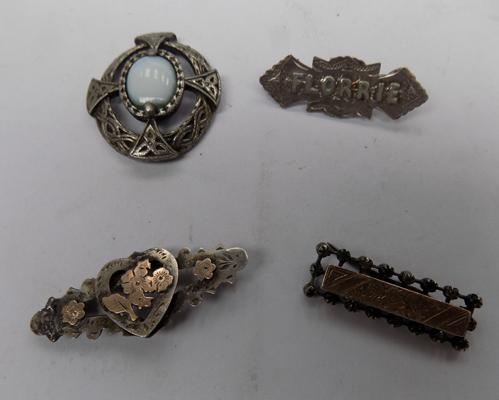 4 x brooches, incl. silver (some at fault)