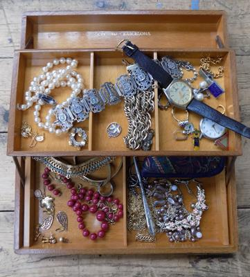 Jewellery box with collection of costume & others