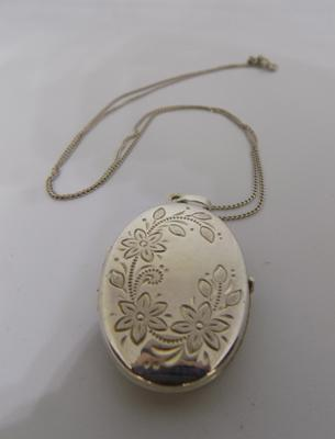 Large silver locket & chain
