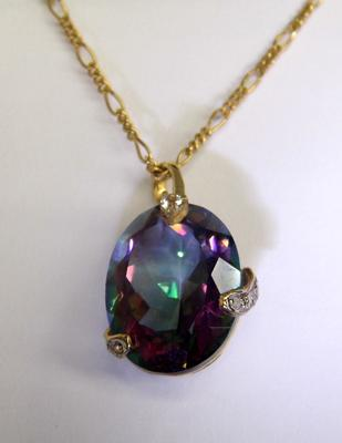"9ct gold 20"" figaro chain and 9ct gold diamond and mystic topaz pendant"