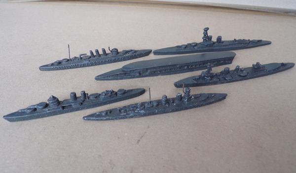 6x Lead WWII battle ships