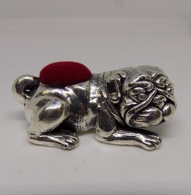 Silver bulldog pin cushion