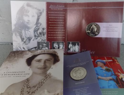 Queen Elizabeth silver £5 coin - Centenary Crown & Queen Mother silver £5 coin - memorial crown