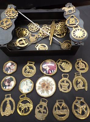 Box of horse brasses with 5 brass miniatures