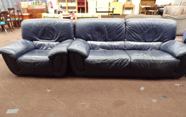 2/3 seater settee + armchair in dark blue