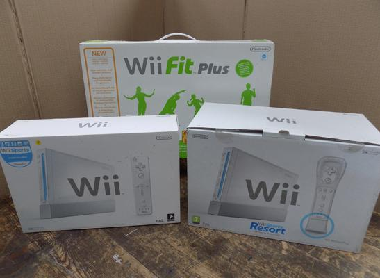 Wii sports resort pack Nintendo inc Wii fit plus