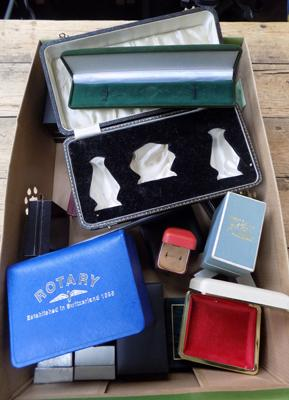 Large collection of vintage & modern jewellery boxes