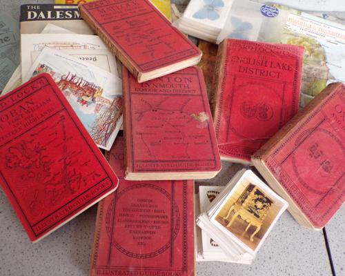 Collection of Royal ephemera + vintage map books - cigarette cards