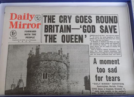 1952 Daily Mirror 'God Save the Queen' headline