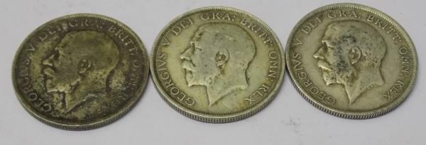 Three George V silver Half Crown coins - dated 1914, 1915 and 1916