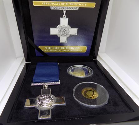 George Cross medal & Coin Set. Replica George Cross Medal, solid silver Crown, 9ct white Gold layered with 24ct yellow Gold