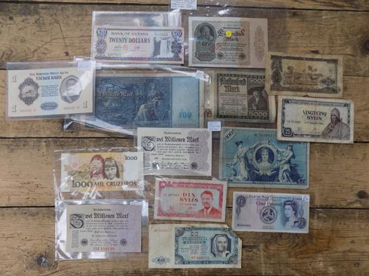 Selection of foreign bank notes, incl. early German