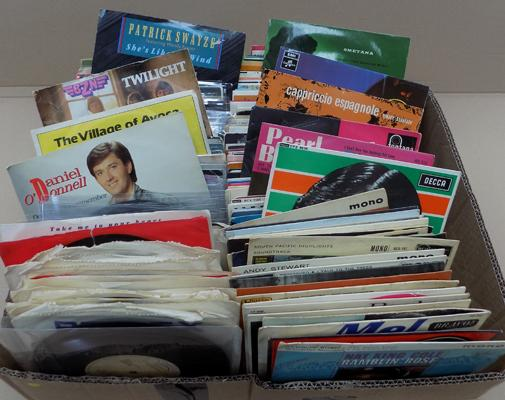Box of mixed singles & EP's