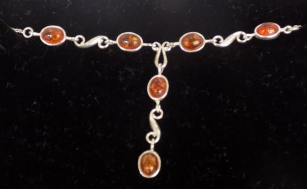 Silver amber necklace, Raffles Jewellers, never worn - approx. 9 1/2 inches long
